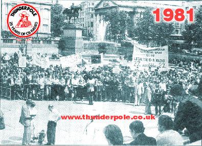 Concentración de cebeístas en Trafalgar Square reivindicando la legalización de la CB en Gran Bretaña.