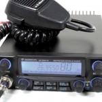 Transceptor móvil de CB27 con todos los modos de emisión (foto cortesía 9Neuner)
