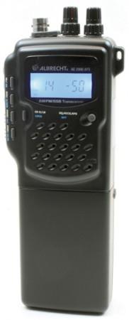 Este modelo de walki-talki permite modular en SSB (foto cortesía 9Neuner)