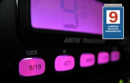 Transceptor con botón de acceso a canal prioritario (9/19)