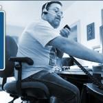 Uso del canal 9 de CB: llamada, escucha y emergencias.