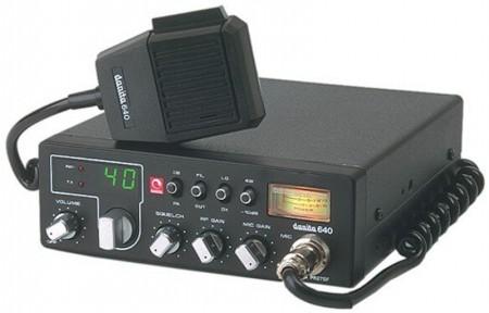 Tranceptor CB27 con diseño 'retro' (foto cortesía Danita Electronics)