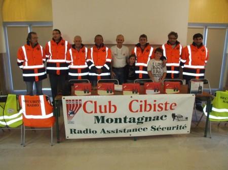 Miembros de un club cebeísta francés perteneciente a la FFCBL/SER