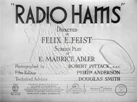 Presentación de Radio Hams, con un primitivo león de la Metro al fondo.