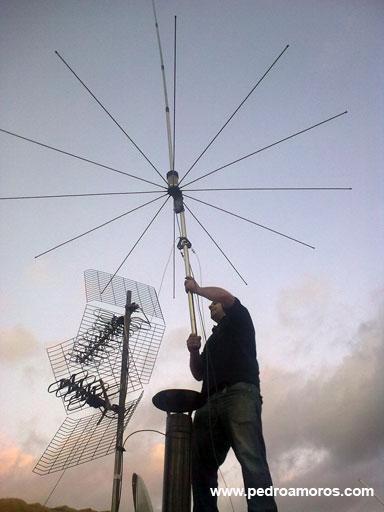 La antena es un elemento indispensable en una estación de CB.