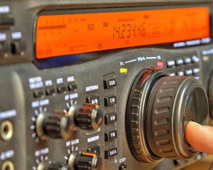 Cuando todo lo demás falla, radioaficionados.